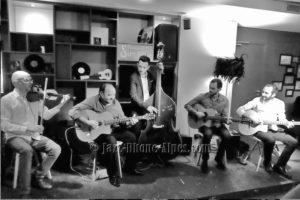 Concert de jazz manouche hommage quintet du Hot club de France